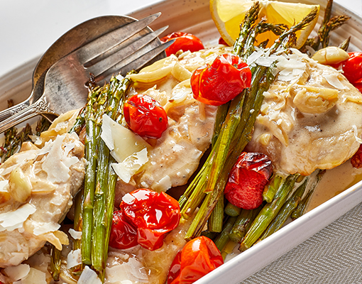 Creamy Garlic With Chicken and Asparagus