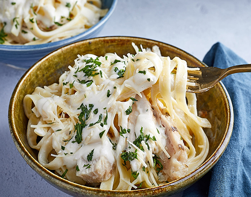 Chicken and Linguine Caulifredo